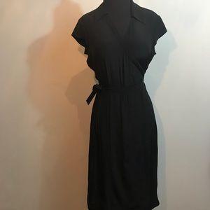 Banana Republic 100% Silk Black Wrap Dress size 6